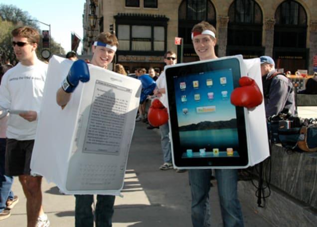 iPad vs. Kindle, fight!