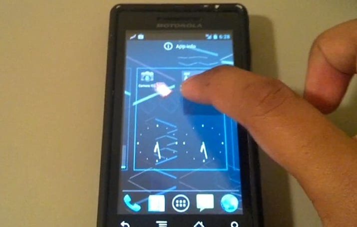 Jelly Bean hits original Motorola Droid for the same reason we climb Everest: because it's there (video)