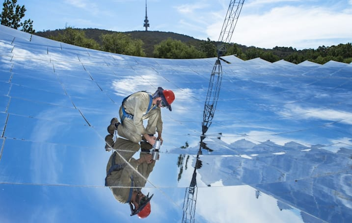 Solar dish sets steamy thermal energy efficiency record