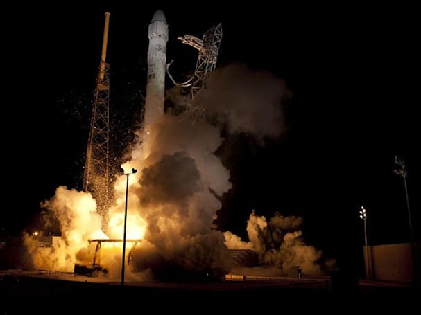 SpaceX lands a pair of plum US Air Force contracts for its Falcon rockets
