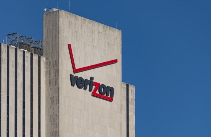Verizon technician admits he sold customer data for years