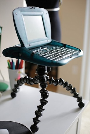 Flickr find: GorillaPod plus Apple eMate equals nightmare