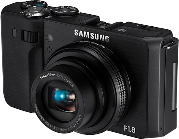 Samsung's PMA gifts: HD pocket camcorders, point-and-shoots with AMOLED screens
