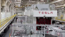 Tesla shows us how a Model S is made, tailors EVs to your exact liking online (video)