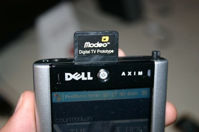 Modeo boosts signal power, shows off DVB-H SD and mini-PCI cards