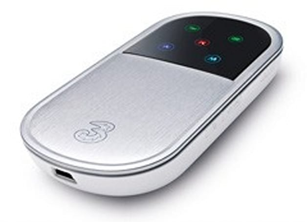 Huawei E5830 MiFi / i-Mo gets free unlock tool, parties outside the USA