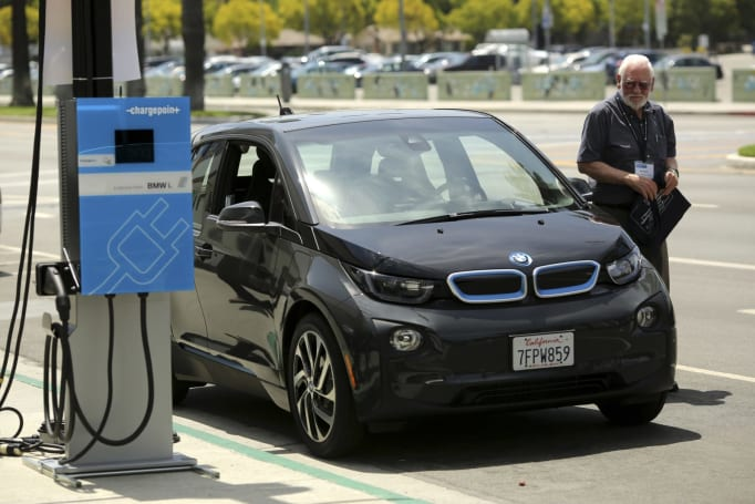 BMW and VW finish installing EV chargers along US coastlines