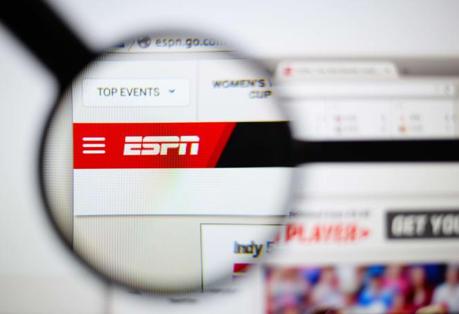 ESPN bosses mull an online streaming package