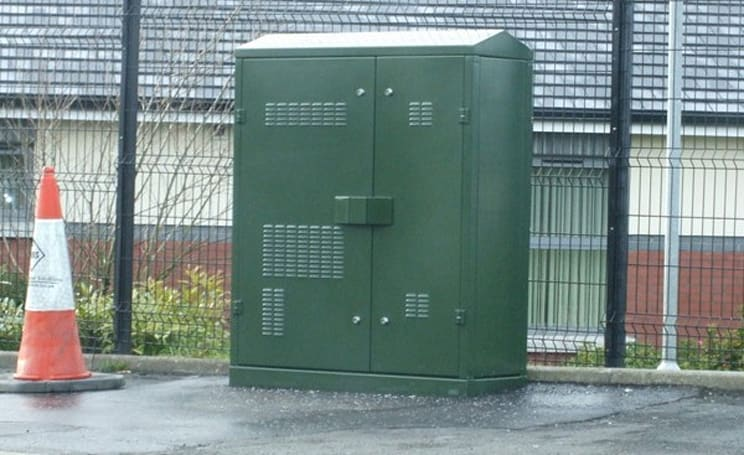 Upscale London borough says no no no to BT's broadband revolution, ugly green boxes