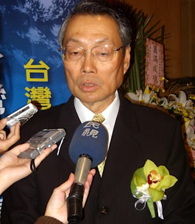 CE-Oh no he didn't! Part LXVI: Acer founder predicts extinction of US PC makers within 20 years