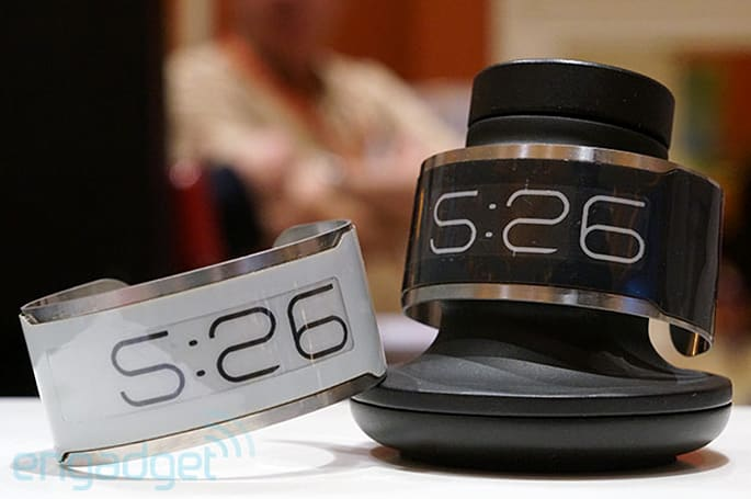 E Ink demos CST-01, the 'world's thinnest watch' (hands-on video)