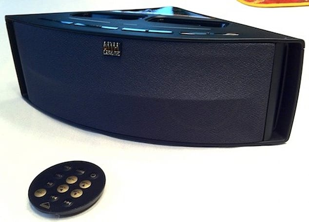 TUAW Review and Giveaway: Altec Lansing Octiv Duo speaker dock