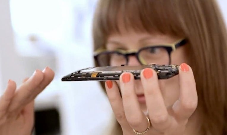 HTC shows design work for Windows Phone 8X and 8S, strips them bare (video)