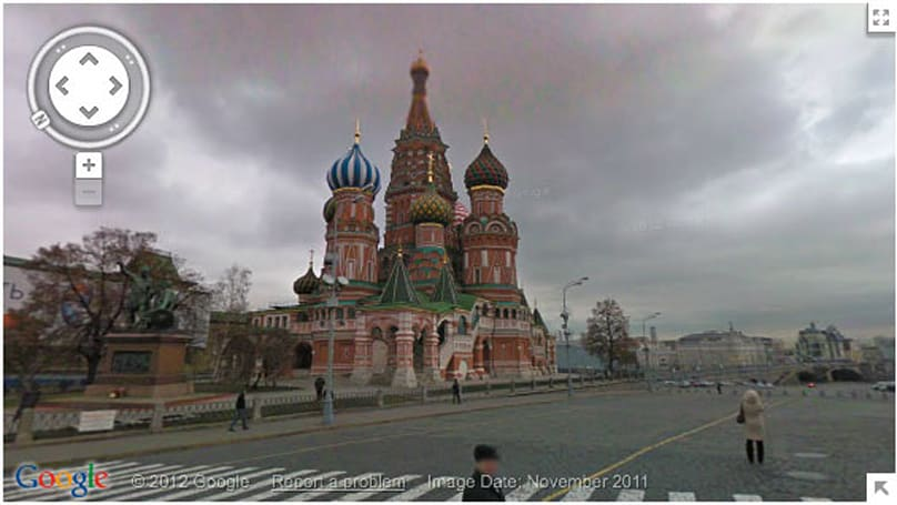 Google Street View now sending snapshots from Russia, with love