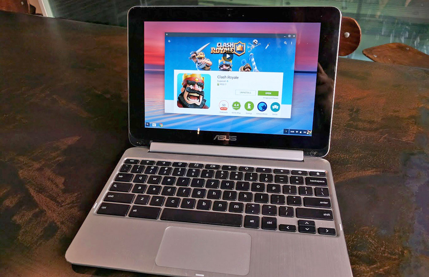 The Chromebook Flip becomes the first Chromebook to get access to the Play Store