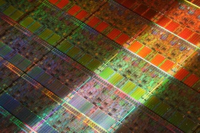 Intel's 6-core Dunnington CPU coming this year, Nehalem gets official