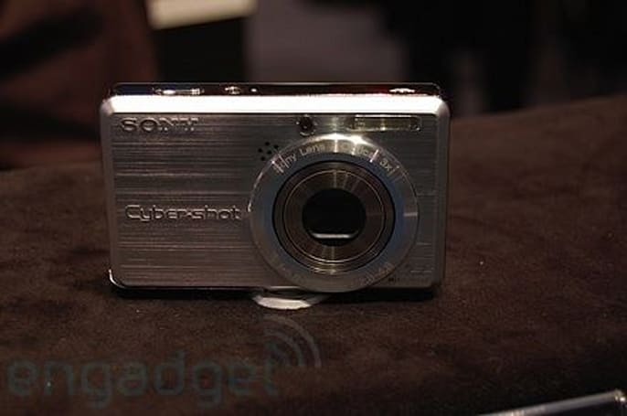 Hands-on with Sony's new T, S, and H series Cyber-shots
