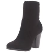 Nell Boot
