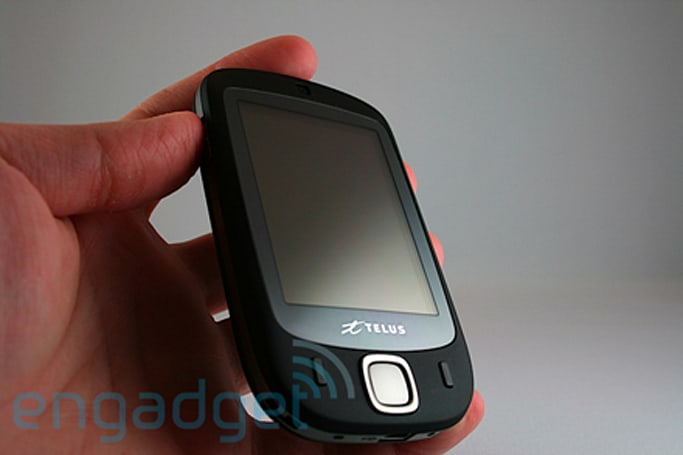 Hands-on with the Telus HTC Touch