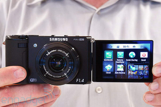 Samsung EX2F point-and-shoot with f/1.4 lens hands-on (video)