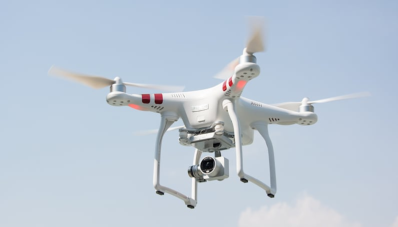 FAA: No, you won't need to pay someone to register your drone