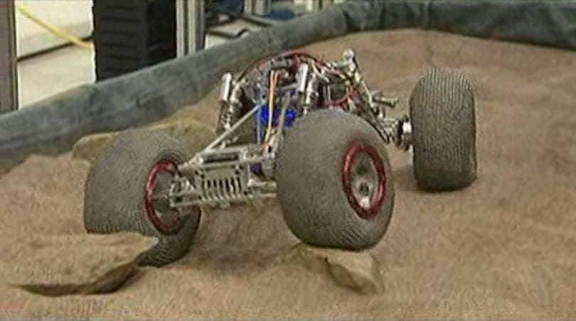 McGill University researchers show off lunar rover prototype with unique 'iRing' wheels