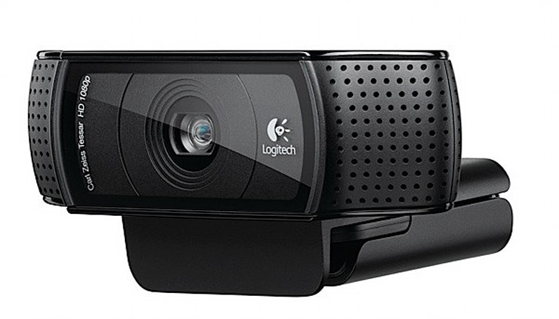 Logitech outs C920 HD webcam, lets you Skype with your mates in 1080p