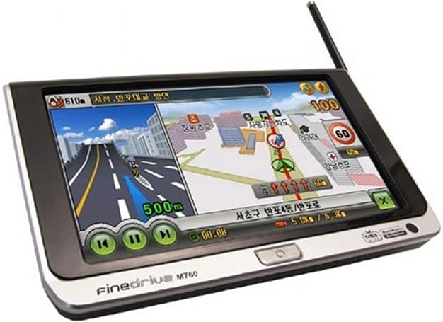 FineDigital's FineDrive M760 : a thin 7-inch PMP with GPS navigation