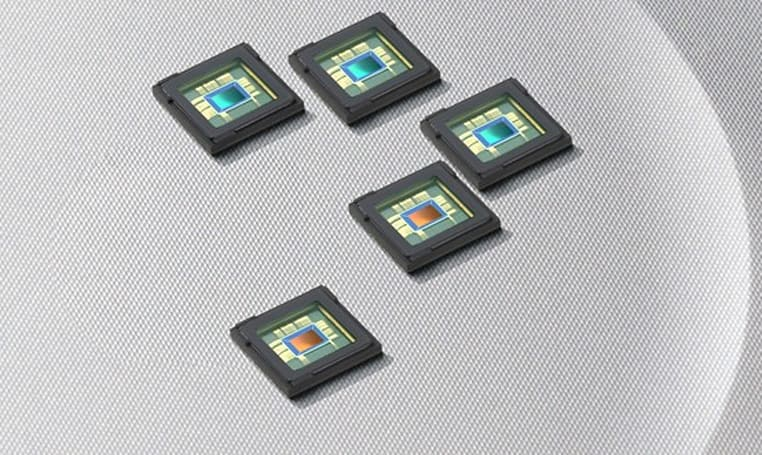 Samsung releases 8 and 12 megapixel CMOS smartphone sensors, shoots 1080p on the go