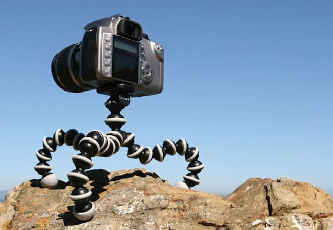 Engadget's recession antidote: win a Joby Gorillapod SLR!