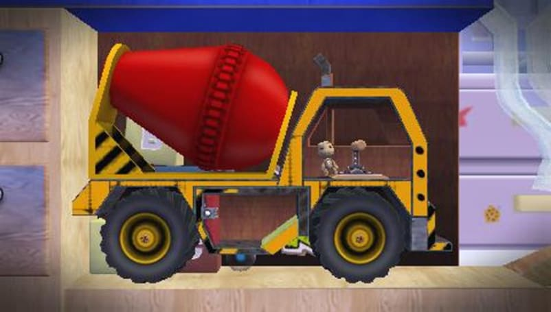 LittleBigPlanet PSP 'Turbo Pack' dons its hard hat