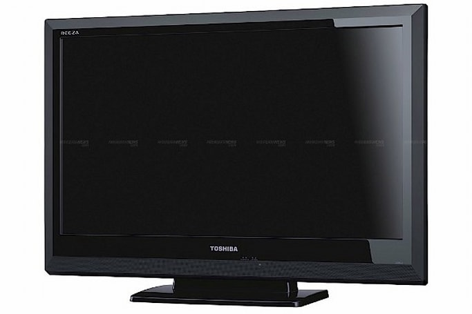 Toshiba Regza 32BC3 HDTV features power saving button, destined for Japanese shores