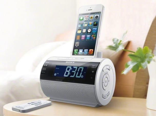 Sony outs Lightning-friendly speaker dock in Japan, alarm clock and radio features in tow