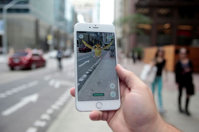 'Pokémon Go' update fixes the iOS app's nosy Google access