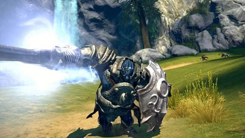 See TERA's Lancer and Sorcerer in action