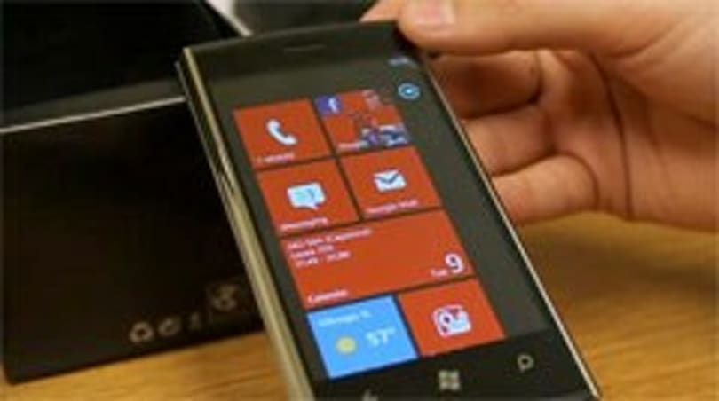 Hack brings USB tethering to HTC Windows Phone 7 devices, Dell Venue Pro