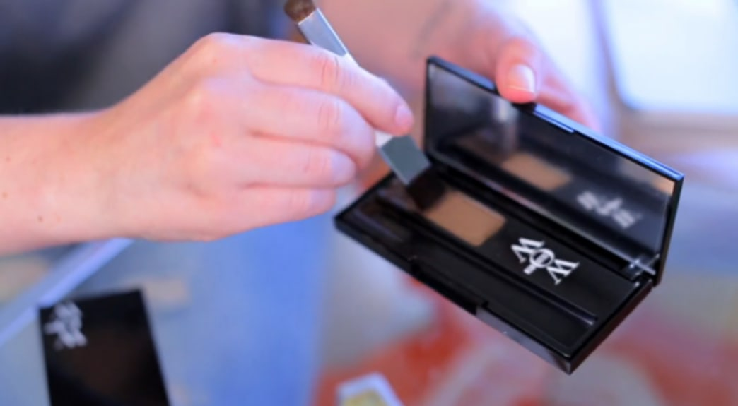 Shop this video: Life-changing root touch-up product