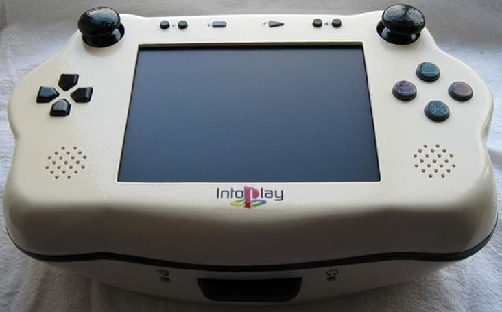 Bacteria returns with IntoPlay, the expectant looking portable PSone mod