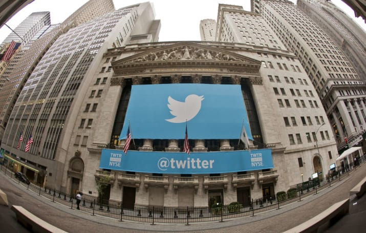 Twitter reportedly plans to embed users' tweets alongside ads