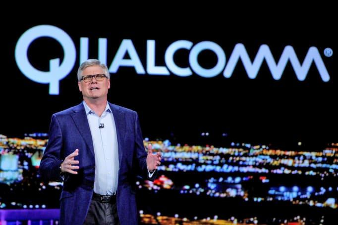 Qualcomm chip promises phone data that's faster than fiber