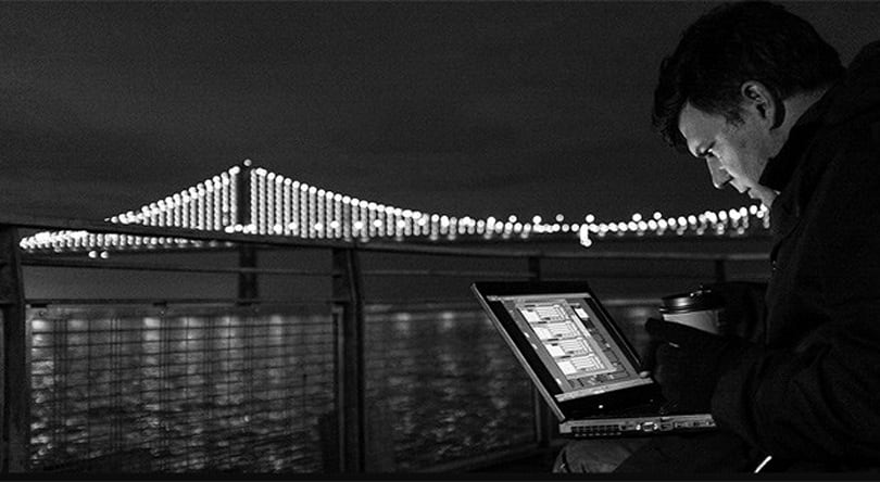 San Francisco's Bay Bridge lights up with 25,000 computer controlled LEDs