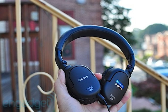 Sony MDR-NC200D noise-cancelling headphones review