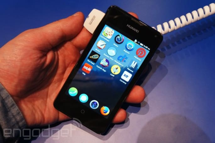 Hands-on with Huawei's first Firefox OS phone, the Y300