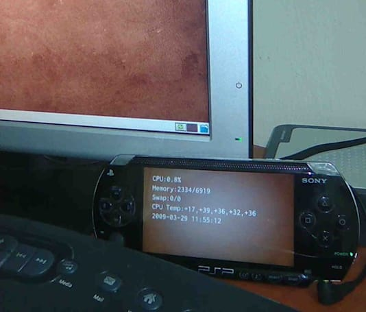 Sony PSP hacked for use as PC status monitor