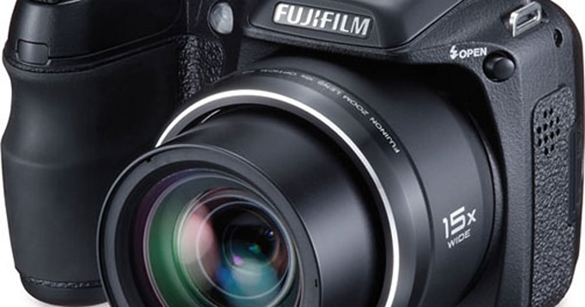 Fujifilm finepix s2000hd gets reviewed all 15x of it for Fujifilm finepix s2000hd prix