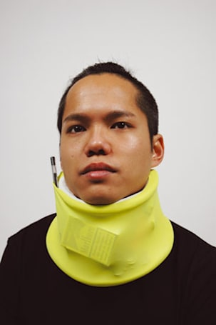 Caption contest: finally, wasted neck space gets put to good use