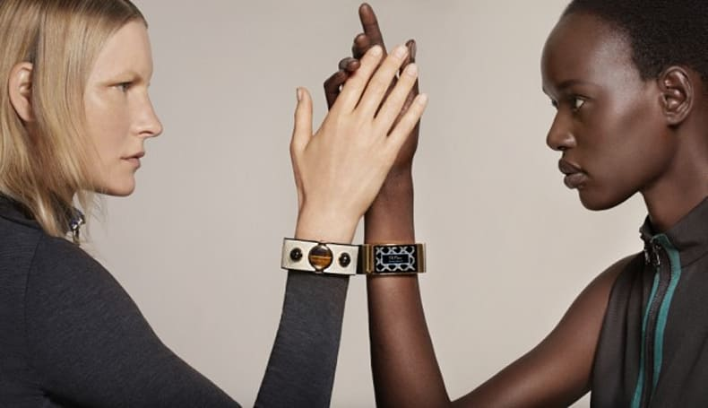 Intel introduces a snakeskin smart cuff for fancy humans