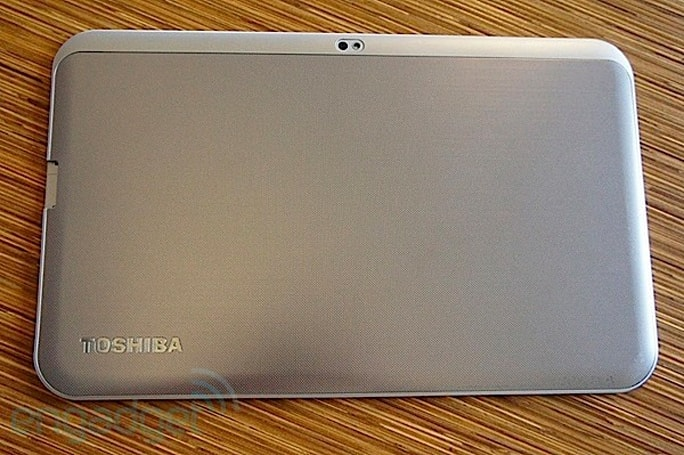 Toshiba Excite 13 review: a big-screened tablet with a price to match