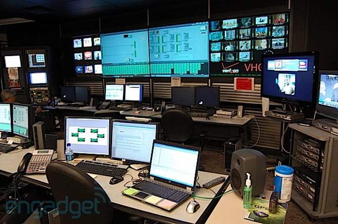Engadget HD goes inside a FiOS TV Super Headend and Video Hub Office