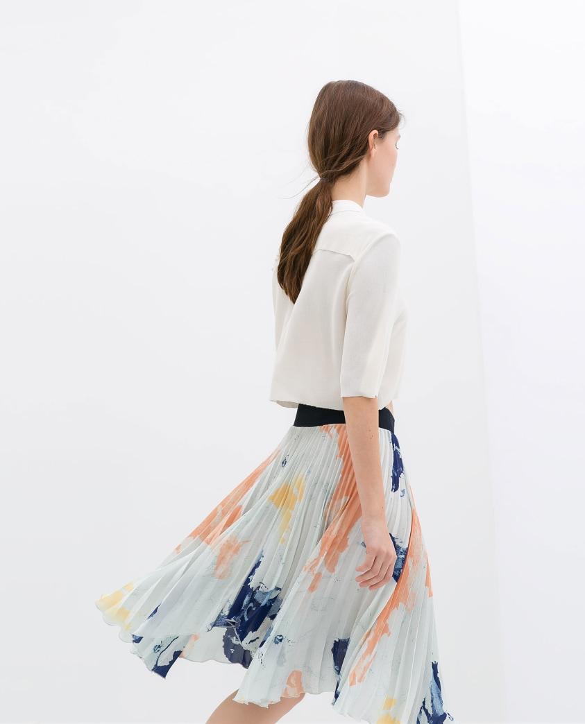 Want: Pretty pleated skirt from Zara